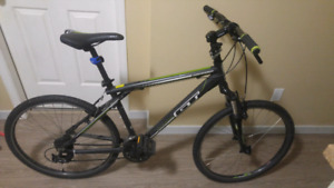 Bike GT aggressor medium frame with removable extensions