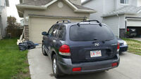 2005 Hyundai Santa Fe SUV, MANUAL***LOW KMS!!! 4450 OBO!!!