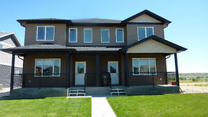 4-PLEX FOR RENT IN RANCHLANDS