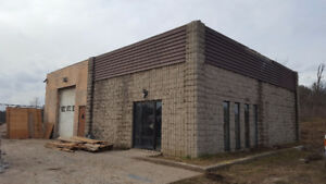 SHOP WITH 2 OFFICES AND FENCED YARD