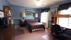 Female Co-op student Bedroom available in Markham