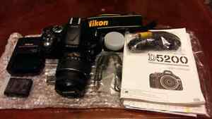 Brand new nikon D5200