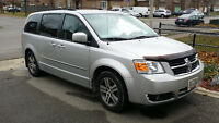 2010 Dodge Caravan SE Wagon Minivan, Van - Low Kilometers