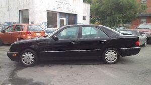 1996 Mercedes-Benz E-320