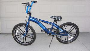 "Mongoose 20"" Boy's Raid Blue BMX Freestyle Bike"