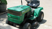 RIDING LAWNMOWER  38""