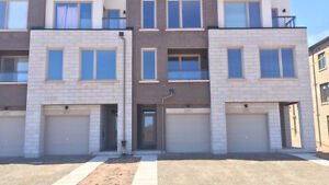 BEAUTIFUL BRAND NEW 2000 sq ft TOWNHOME IN OAKVILLE