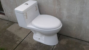 Dual flush commode used