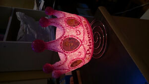Princesses crown lamp
