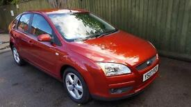 Ford Focus 1.6 Style. AC. ALLOYS. CD/AUX. EW&EM. RCL. WARRANTY.
