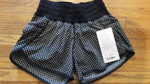 Size 4 Lululemon run shorts