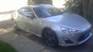 2013 Scion FR-S    Includes set of Snows on alloy rims