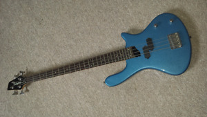 Washburn Taurus T12 Bass - PRICED TO SELL!