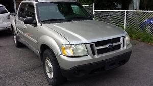 2002 Ford Explorer Sport Tissus gris Camionnette
