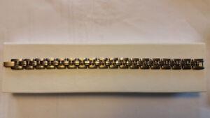 STAINLESS STEEL 25 GRAM UNISEX BRACELET NEW $79 RETAILS $250