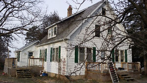 Attractive Small 4 Bedroom Farm House for Rent