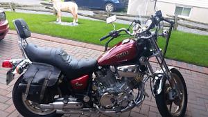 Moto Yamaha Virago avec accessoires à  vendre