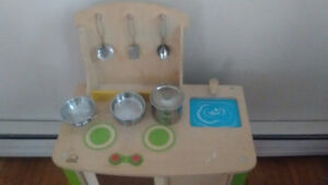 Play kitchen with toy pots/pans, utensils