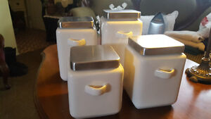 Canister set of 4
