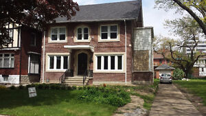 TOTALLY RENOVATED & HUGE DOWNTOWN HOME ON VICTORIA AVE.