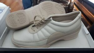 Rohde Women's Shoes-Size:5.5 and size 7 brand new in box