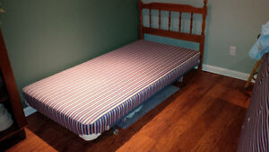 Single Bed with Headboard, Frame and Box Spring Kitchener / Waterloo Kitchener Area image 1