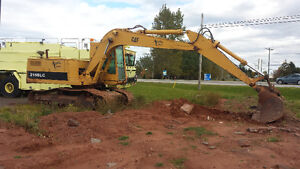CATERPILLAR 215B HYDRAULIC EXCAVATOR 3978 HOURS