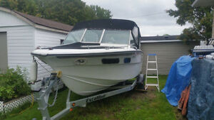 Marquis 1977 20ft boat & trailer
