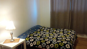 Nice&Quiet room 400$ for a female only, 2 min from metro