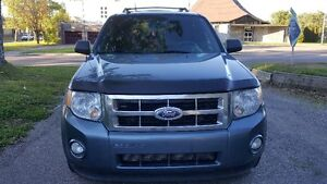 2010 Ford Escape XLT 2.5 LT VUS