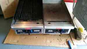 Gas grill and hot plate