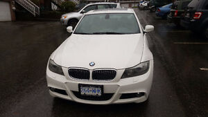 2010 BMW 335i xDrive Fully Loaded with All Packages