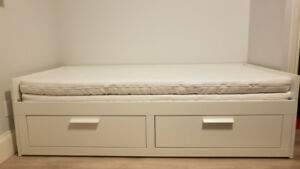 Twin King bed transformer with drawers + 2 mattresses
