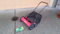 """Mark's Choice 20"""" Reel Mower with grass catcher"""