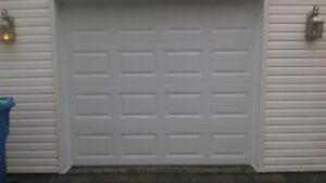 Porte de garage 8' x 7' ,NEUVE ET INSTALLÉE