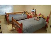 Twin beds/bunk beds