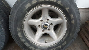 Retro 16 in Eagle alloy wheels with tires 6 lug