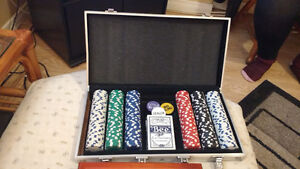 Poker set never used
