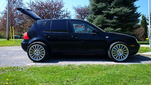 Sweet 2006 Volkswagen Golf Sedan with a 2.0 litre Engine!