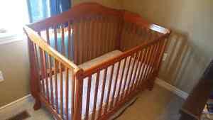 Crib (4 in 1)