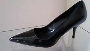 Black Dress Pumps