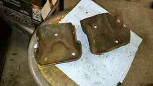 Chevrolet  V8 engine /  motor mounts 334971