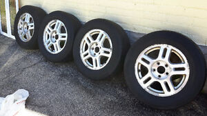 4 Rims with All Season tires 235/60 R16
