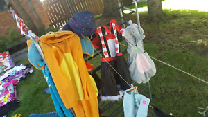 Yard sale, tons of baby items!