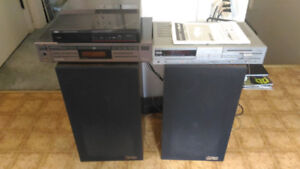 Stereo System - Receiver/CD player/Turntable/Speakers