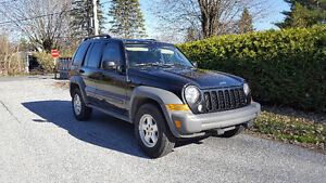 Jeep Liberty VUS 4x4