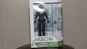 ARROW Action Figure Cannery DC Collectible