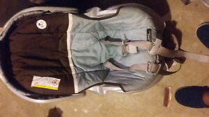 Baby car seats w/base