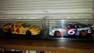 Nascar 1/18 Scale Die Cast Cars