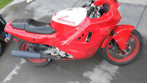 Sport Bike - Honda Hurricane 600cc
